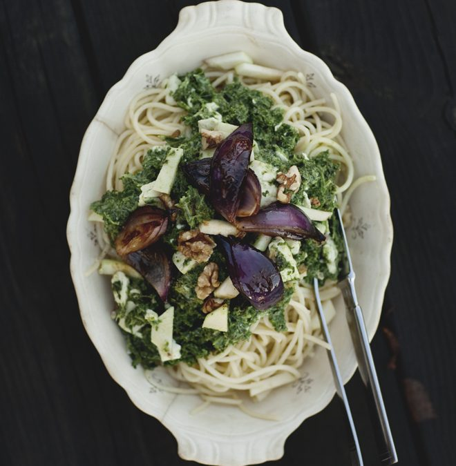 Pasta med grönkål och det ultimata tillbehöret